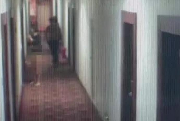 情侣酒店吸毒裸奔