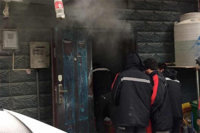 浙江饭店厨房起火