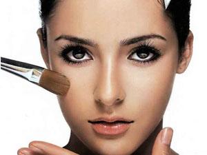女性化妆品哪个牌子好 达人分享化妆术手残党轻松get