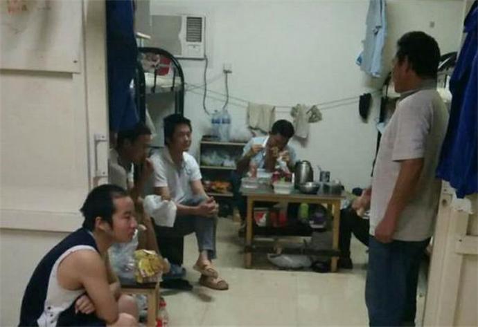 中国劳工被困迪拜
