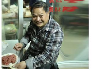 伟大的父亲!杭州烧饼哥辛苦卖饼23年为儿女买房买车