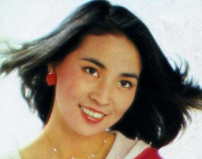 林凤娇年轻时的照片