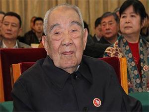 布赫逝世 三代人都交付给了内蒙古