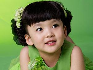 冯铭瑄是谁的女儿 可爱的小戏骨真的惹人疼