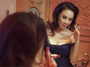 蔡明是不是隆过胸 女神越来越性感丰满可人