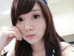 台湾校花姚采辰 照片中的她清纯而又美艳