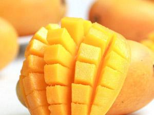 一箱芒果纸占9斤 水果现潜规则赚的就是皮重