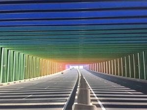 国内首个彩虹隧道 工程已经进入收尾阶段