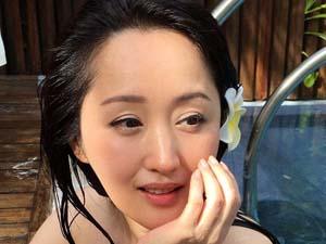 杨钰莹陪人睡觉照片 女神黑历史相继被扒出形象尽毁