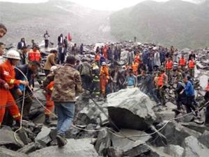 四川茂县山体垮塌46户被埋 一对夫妇及其婴儿3人获救