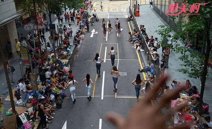 香港菲佣每天工作17小时