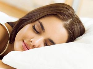 睡觉减肥法 做到这些要点令即可轻松睡出迷人好身材