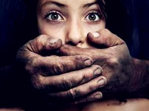 印度一官员公交强暴少女 受害者称已经是第二次