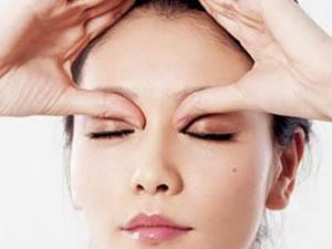 黑眼圈怎么去除 超简单实用方法来袭让你瞬间掌握要点