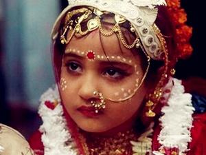 纽约最低婚龄17岁 最新律法企图改善童婚现象