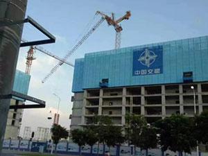 广州塔吊倒塌 目击者讲诉塔吊倒塌惊险一幕