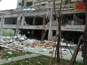 济南酒楼发生爆炸 具体原因仍在调查