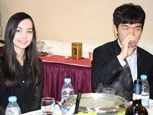 围棋界的金童玉女 黑嘉嘉与柯洁宣布结婚