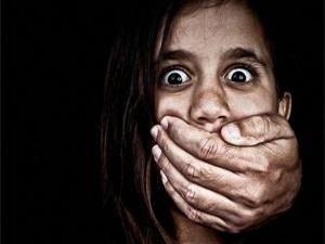 女模特被下药监禁 因是两名孩子母亲被释放