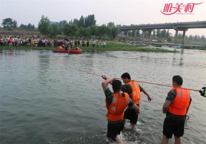 为救同伴两名中学生溺亡