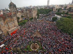 印度逾50万人上街抗议 农村经济低迷致50万人上街抗议
