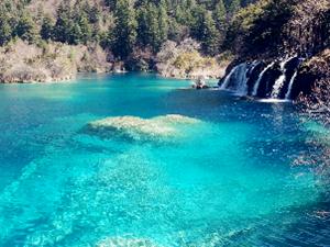地震前中国最美湖泊之一 期待着早日恢复美丽