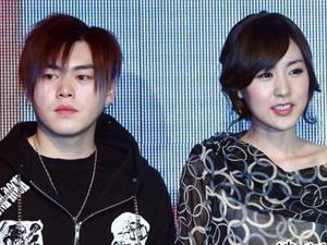 文熙俊简美妍是真的吗 人气下滑两个人一起