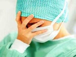 济南女子掌掴护士 称对方先动的手
