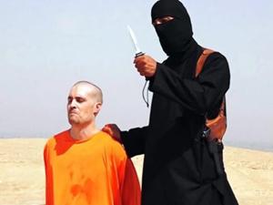 美国记者被斩首的案件 场面血腥残忍至极