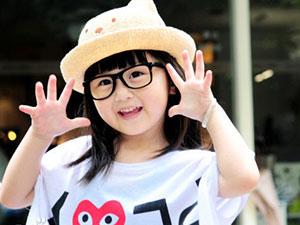 萌萌哒实力可爱的小童星 王芷璇的爸爸是谁