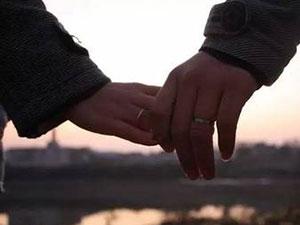 婚后6年才知妻大自己14岁 活久见结婚还能冒用他人身份