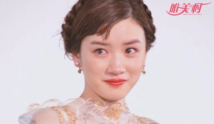 18岁女星仙女式哭泣照走红