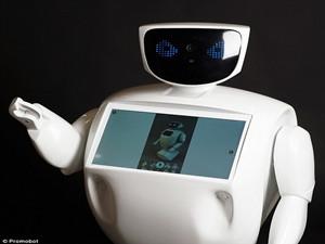 俄机器人屡次逃跑 更是与总统普京握了手