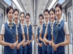 地铁女站务员对标空姐 颜值高可是素质更高