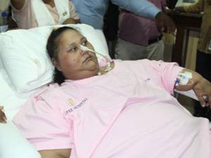 世界最胖女子去世 因基因缺陷疯长至1000斤