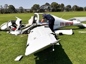 中国学生在澳洲开飞机坠亡 引来一批酸民的恶言