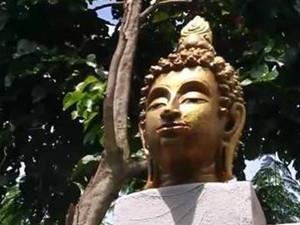 泰国清迈男子用佛头建别墅 别出心裁却遭到勒令拆除