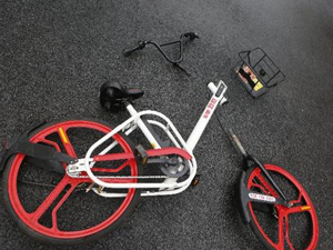 男子肢解共享单车 心生一计将其拆除带回家