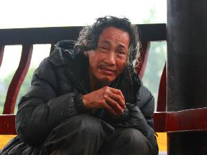 男子杀妻后乞讨为生 潜逃辗转多省25年终于落网