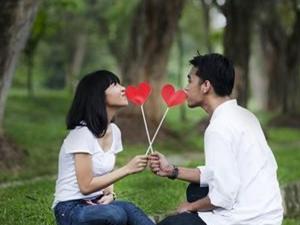 沈阳某高校学生恋爱需知 学校放松恋爱规定