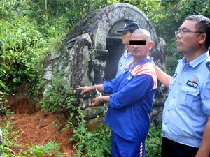 云南抓获盗墓团伙 作案47起现场缴获不少古董有些已被销赃
