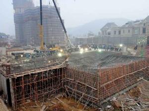 世界上最大的地下工厂封顶 央视全程报导其