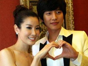 朴海镇李泰兰结婚照片 从荧幕情侣到秘密完