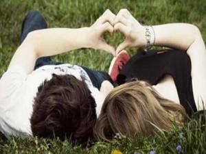 学霸情侣直博清华 学业爱情不一定是水火不