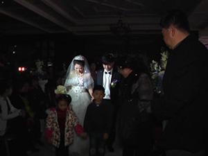 婚礼两度停电拒付余款 事情经过曝光本是好