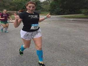 穿高跟鞋跑完马拉松 成功打破世界纪录