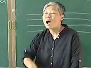 女教师跳跃上课19年 平凡的人做出不平凡的