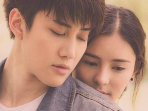 李海娜mike公布恋情 浪漫满屋泰国版荧幕情