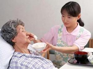 为照顾独生子女家的老人 独生子女将获带薪护理假