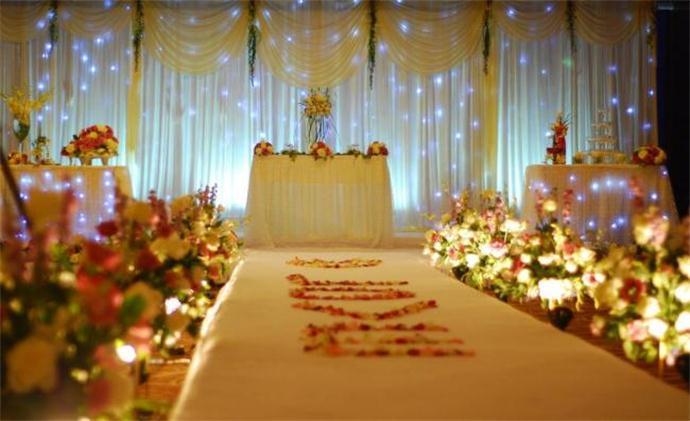正常的婚礼策划